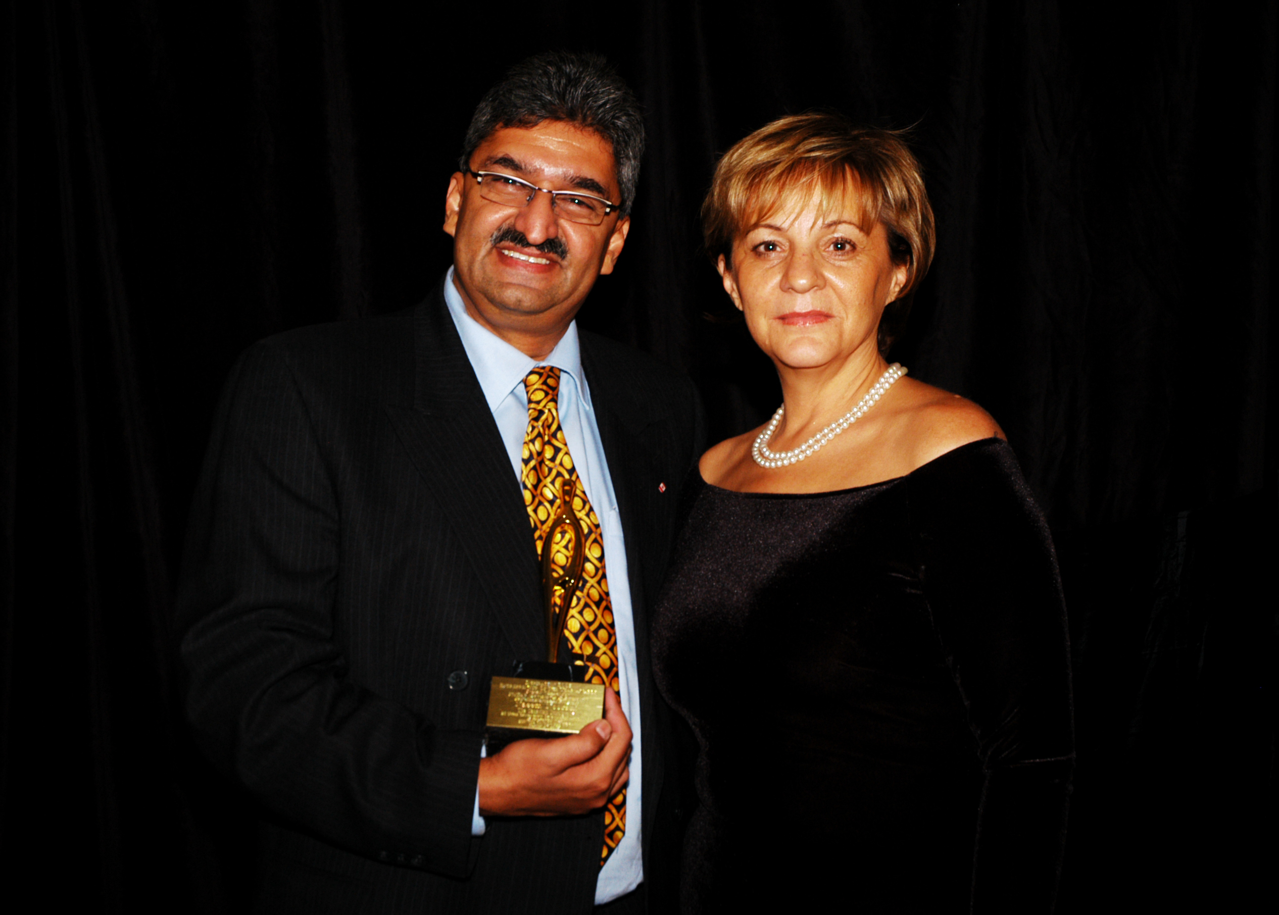 YMCA Entrepreneur of the Year 2004 with mentor coach Debbie Catherwood